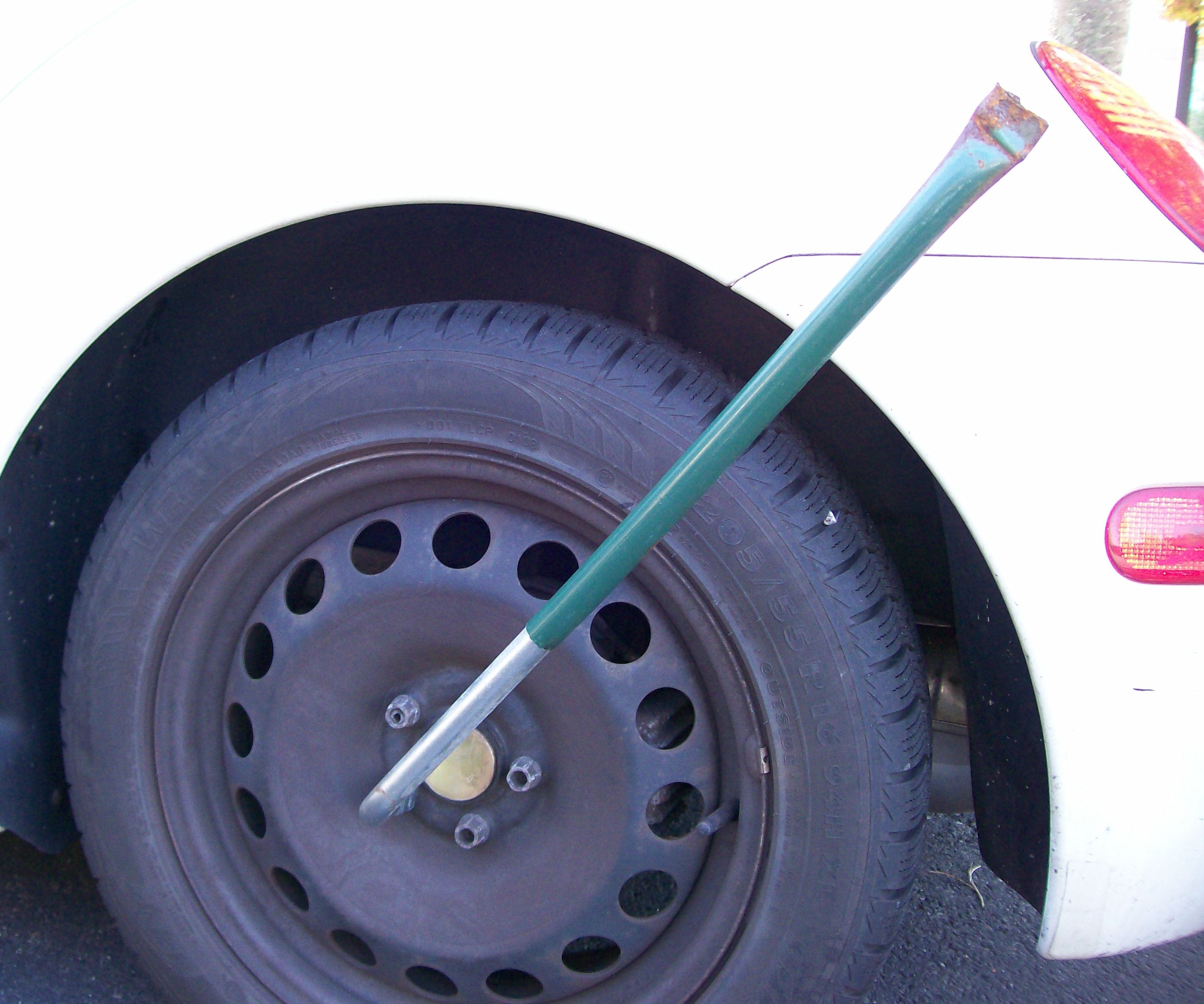 Lug Nut Wrench Extension