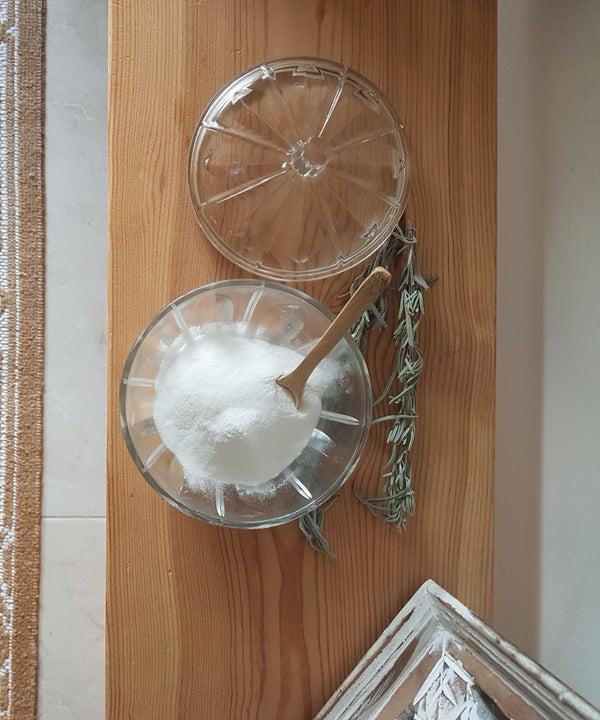 DIY Natural Deodorant That Really Works (Aluminiuim Free)