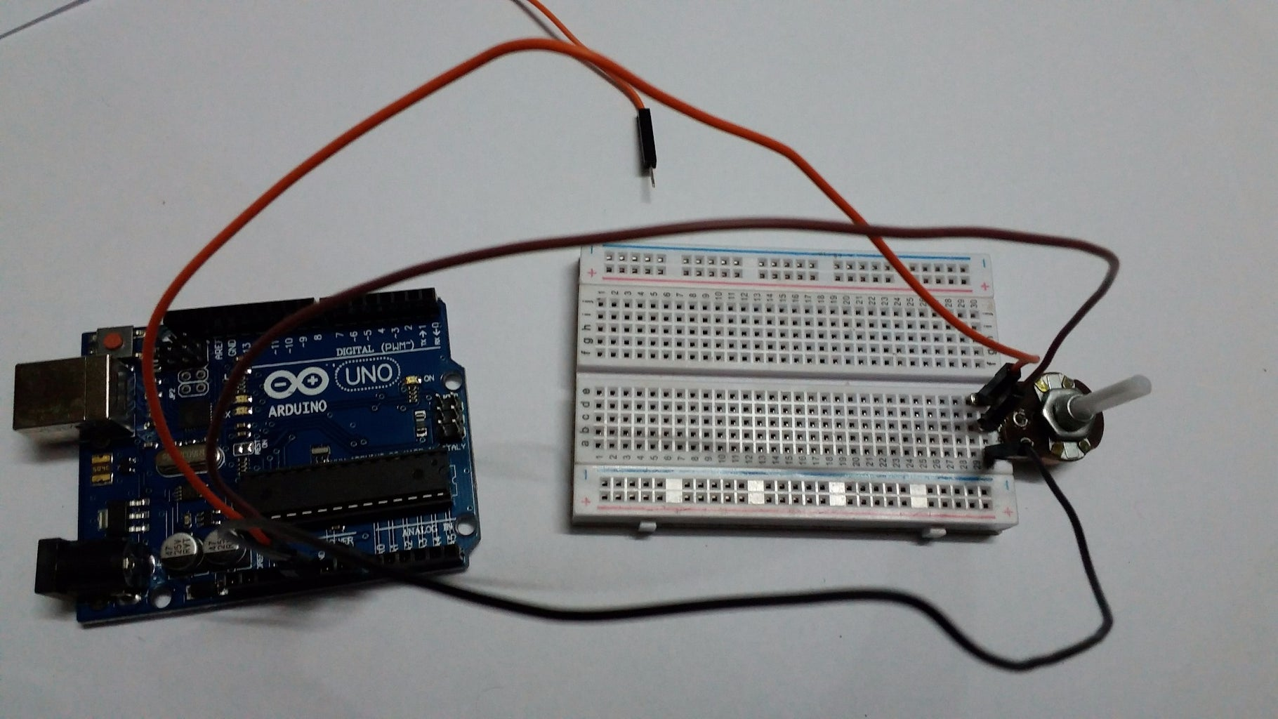 BUILDING ELECTRONICS :- CONNECTING a POTENTIOMETER