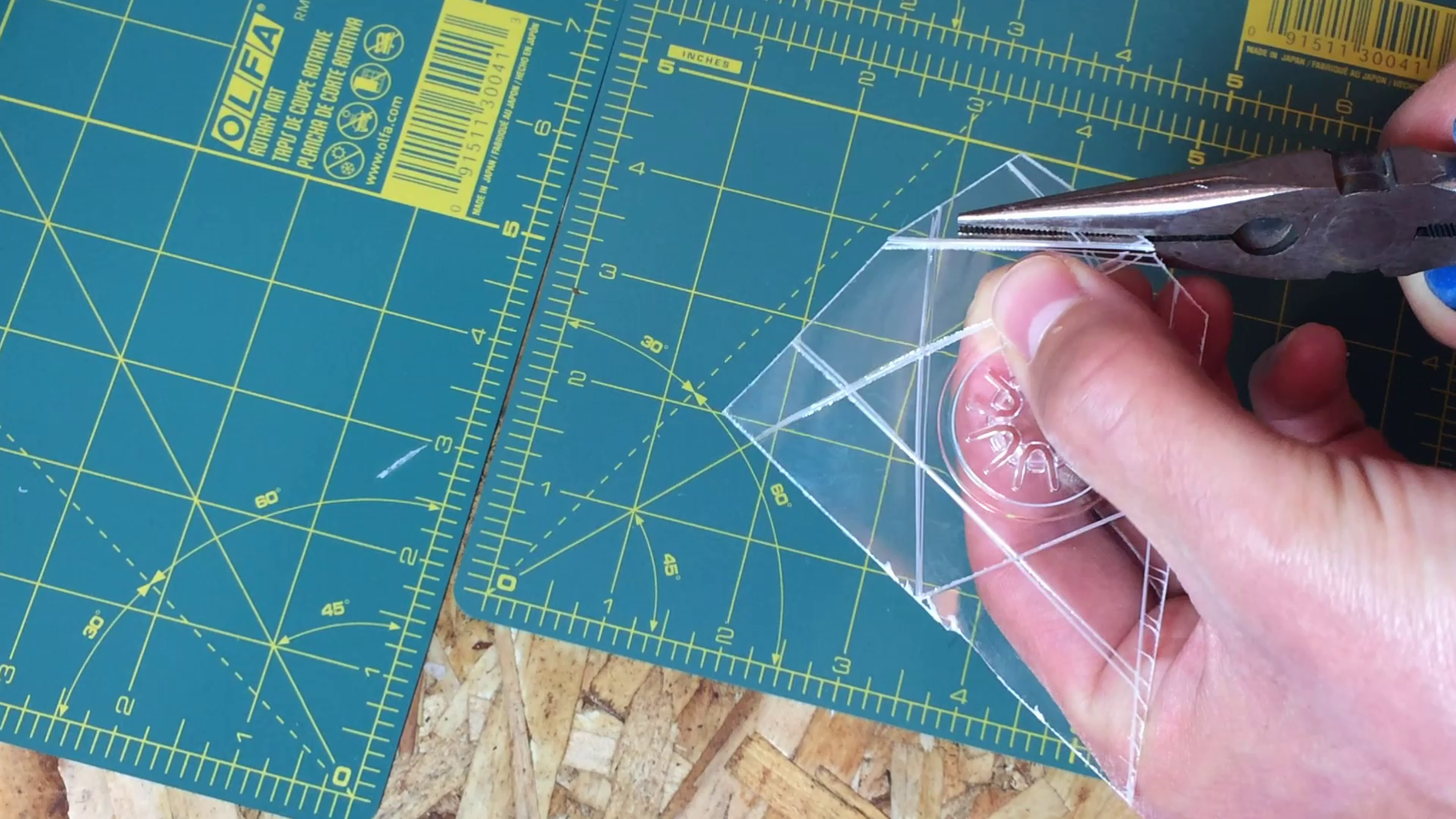 Cutting Out the Disc Grippers