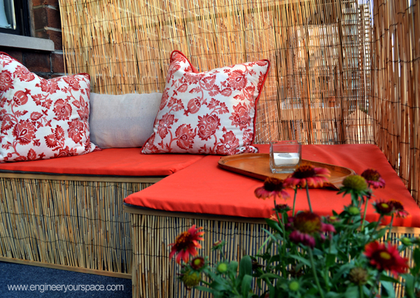 How to make a balcony bench