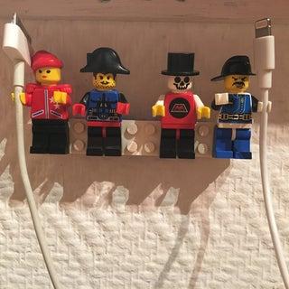 LEGO Cableholder