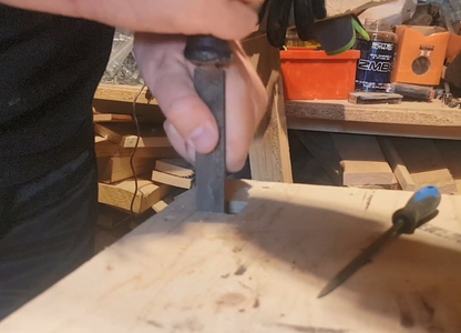 Fitting the Holder to the Table