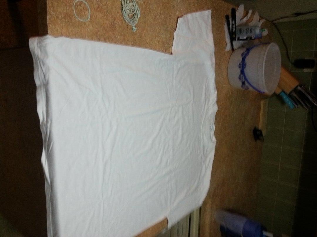 Tying the Shirt
