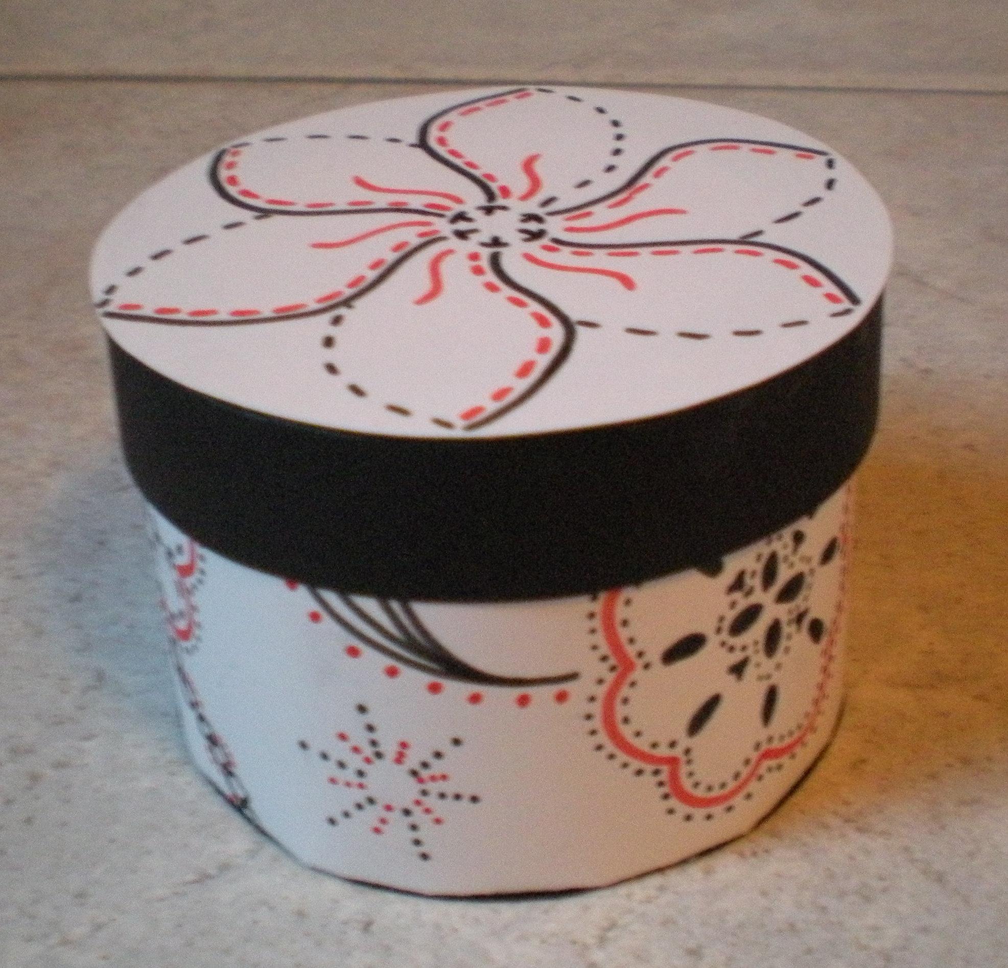 How to make a pretty round box
