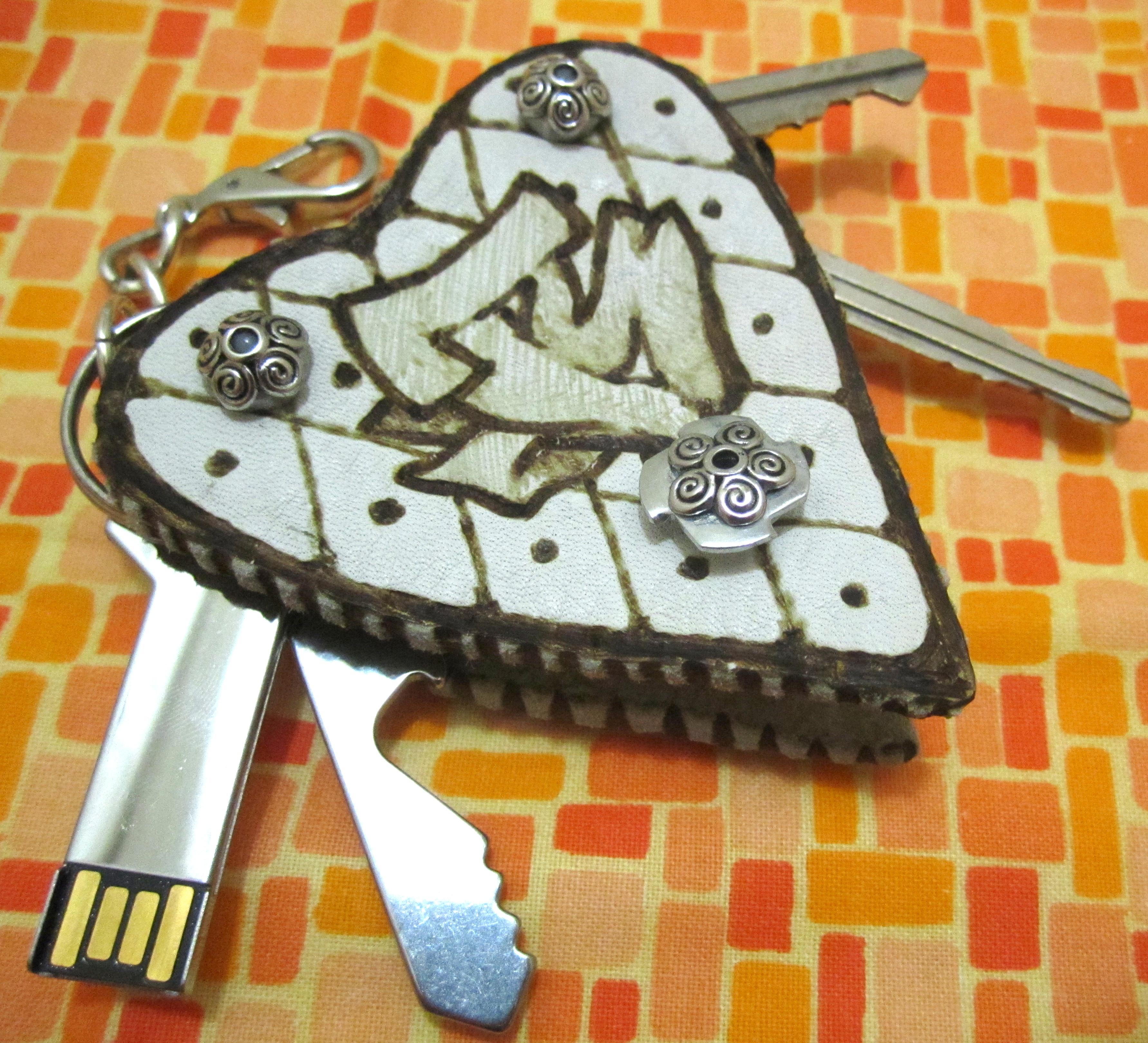 Hip Ladies' Leather Folding Keychain