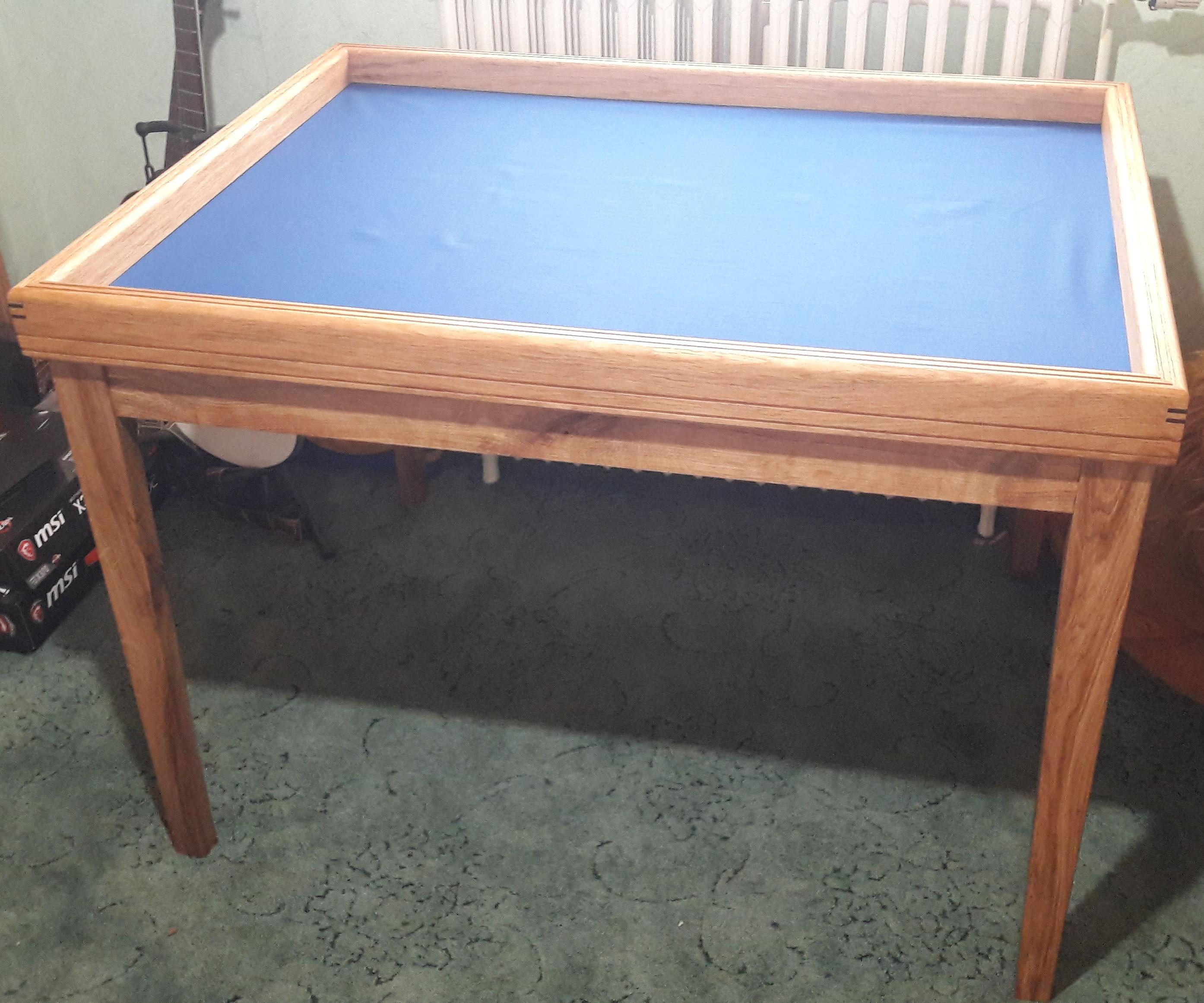Simple Solo Oak Board-gaming Table