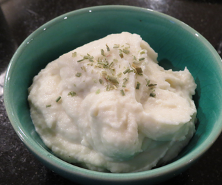 "1 Minute* Instant Pot Cauliflower Mashed ""Potatoes"""