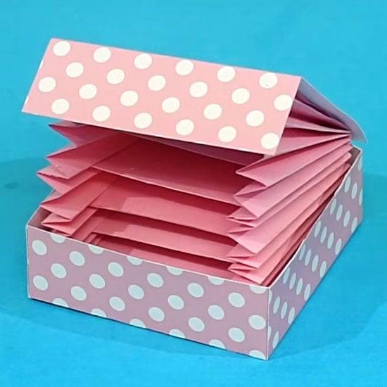 DIY Paper Crafts: Accordion Card Holder- Instructables Craft
