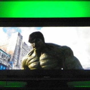 Ambient Light Kit TV - Green Hulk.jpg