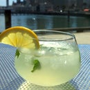 Hint o' Mint Ginger Lemonade