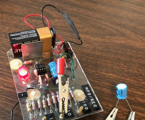 555 Capacitor Tester