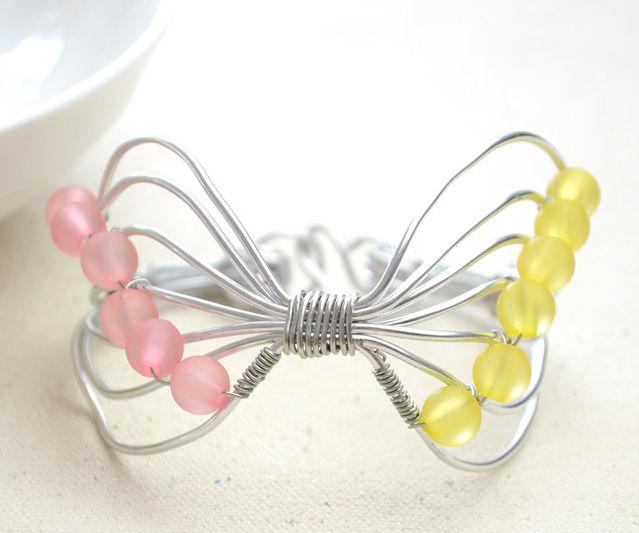 DIY Wire Bowknot Bracelet