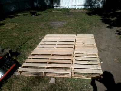 Pallet Wood Bed Frame Queen Size, How To Make A Pallet Bed Frame Queen