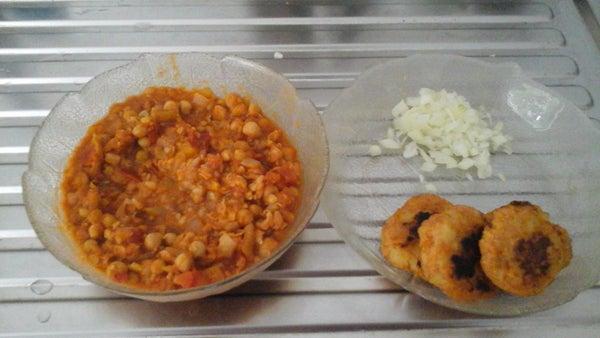 Vegetable Ragda Cutlet