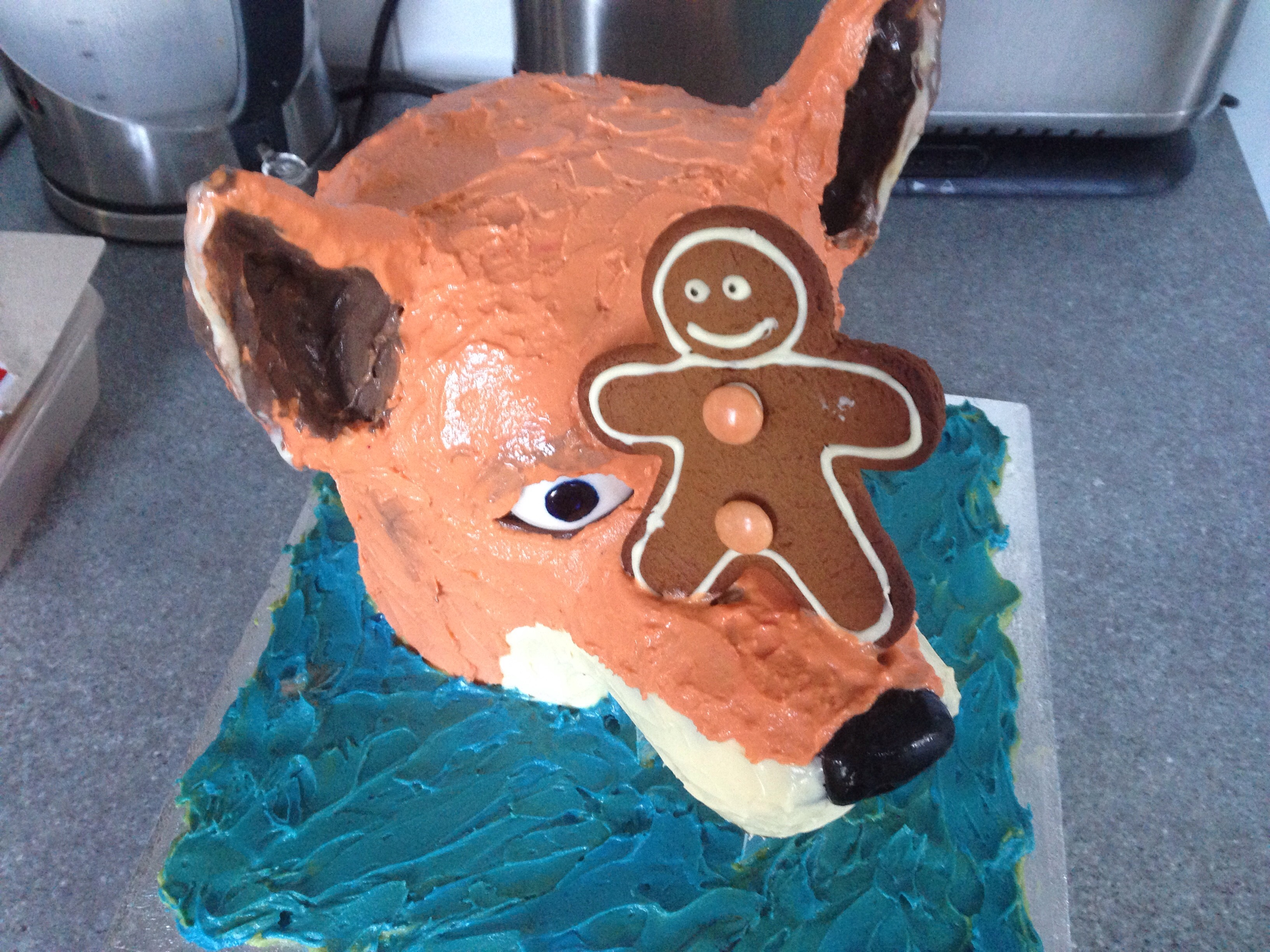'The Gingerbread Man' Cake