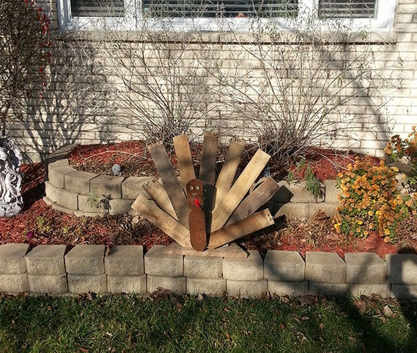 Recycled Wood Pallets Thanksgiving Turkey Decoration