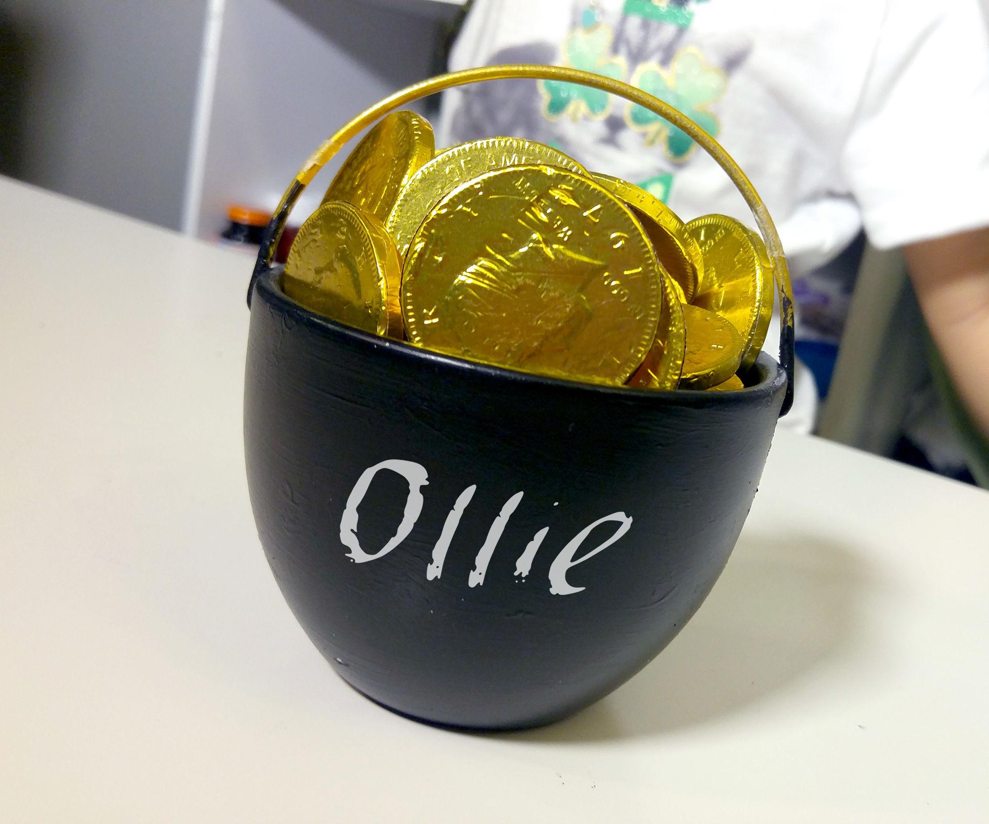 DIY Pot of Gold | St. Patrick's Day Crafts