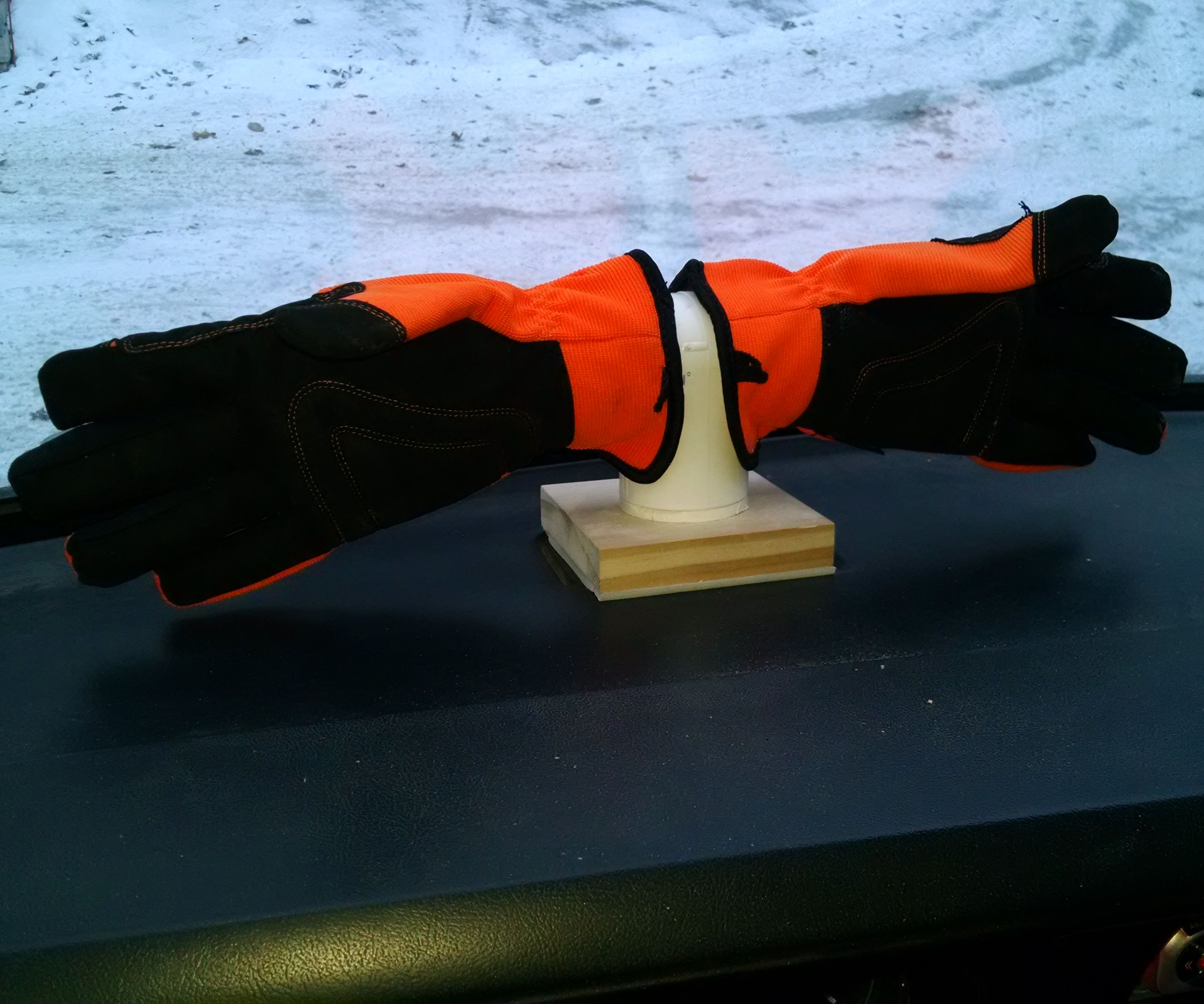 Dashboard Glove Dryer/Warmer