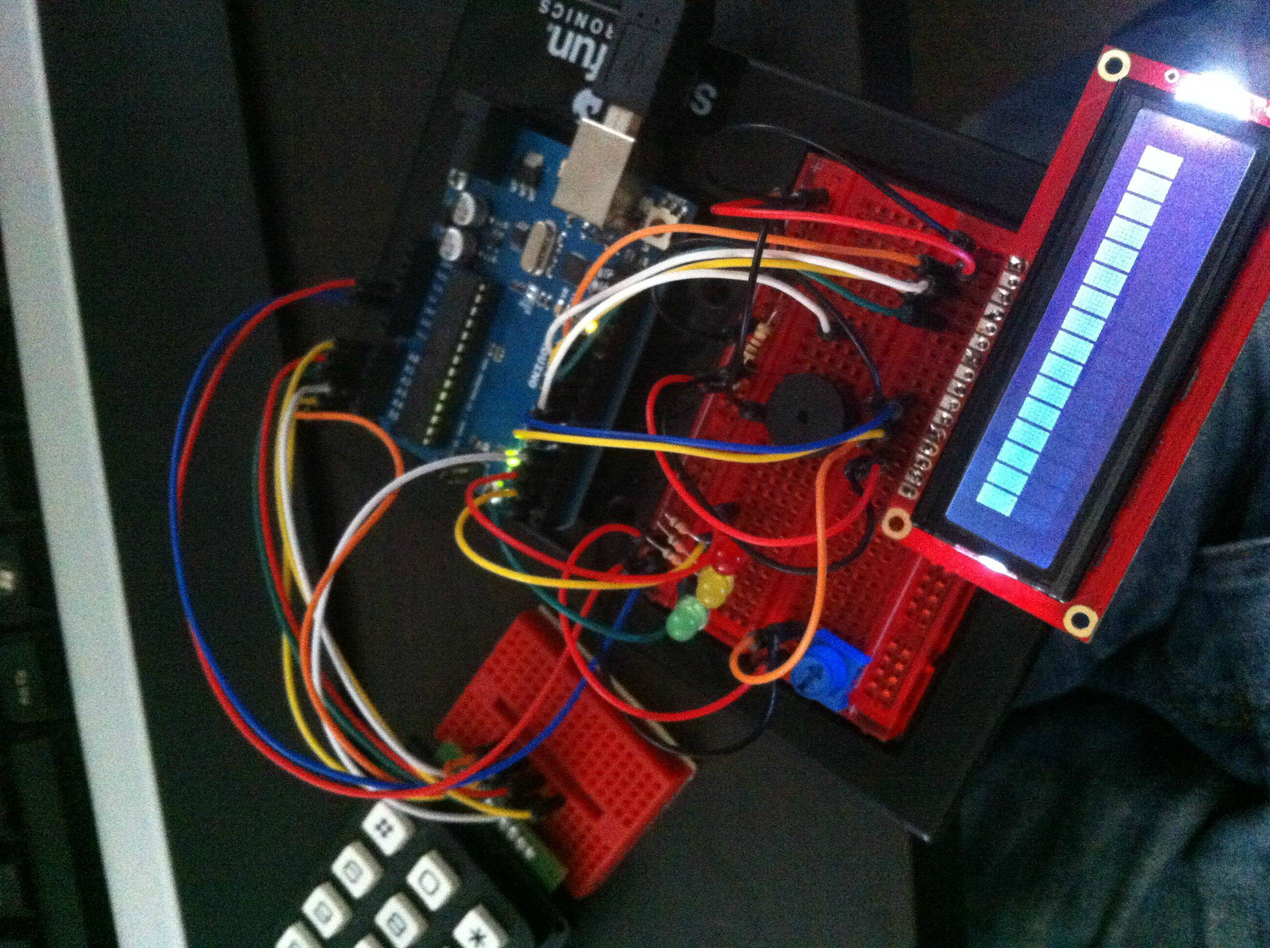 Arduino defuseable bomb, perfect for airsoft games! (with timer, LCD, keypad, sound and more!)