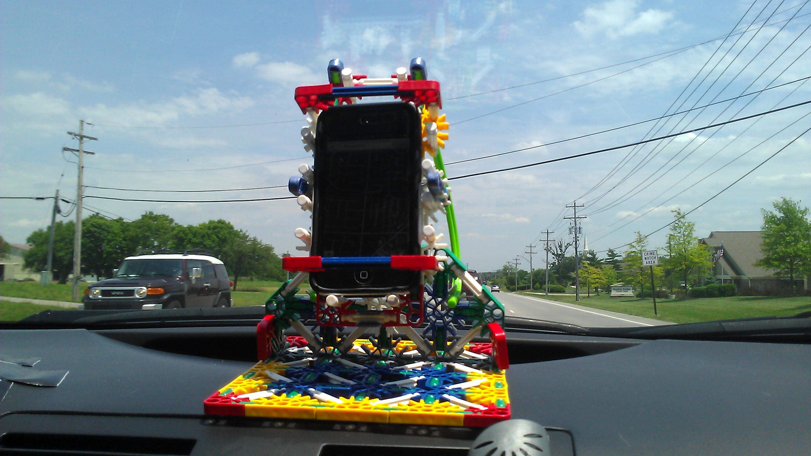 Turn Your Phone Into A GPS Using K'nex!