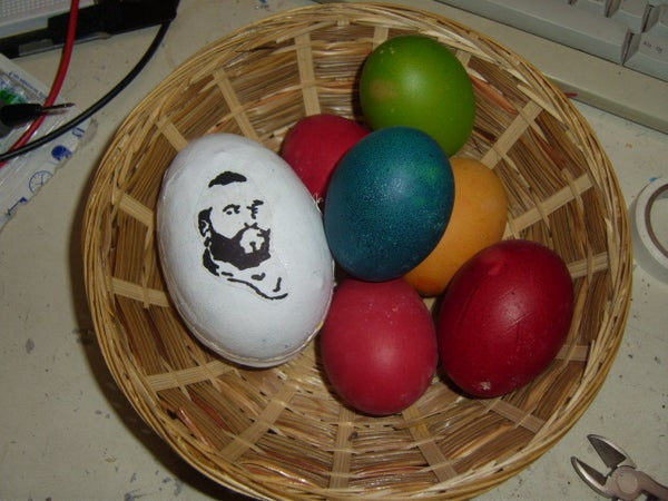 The A-Team Egg - an Easter Egg Playing the A-Team Title Melody If You Shake It!