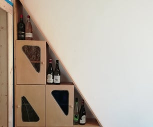 The Triangle: a Glass Closet for Wine