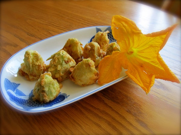 BLOSSOM POPPERS
