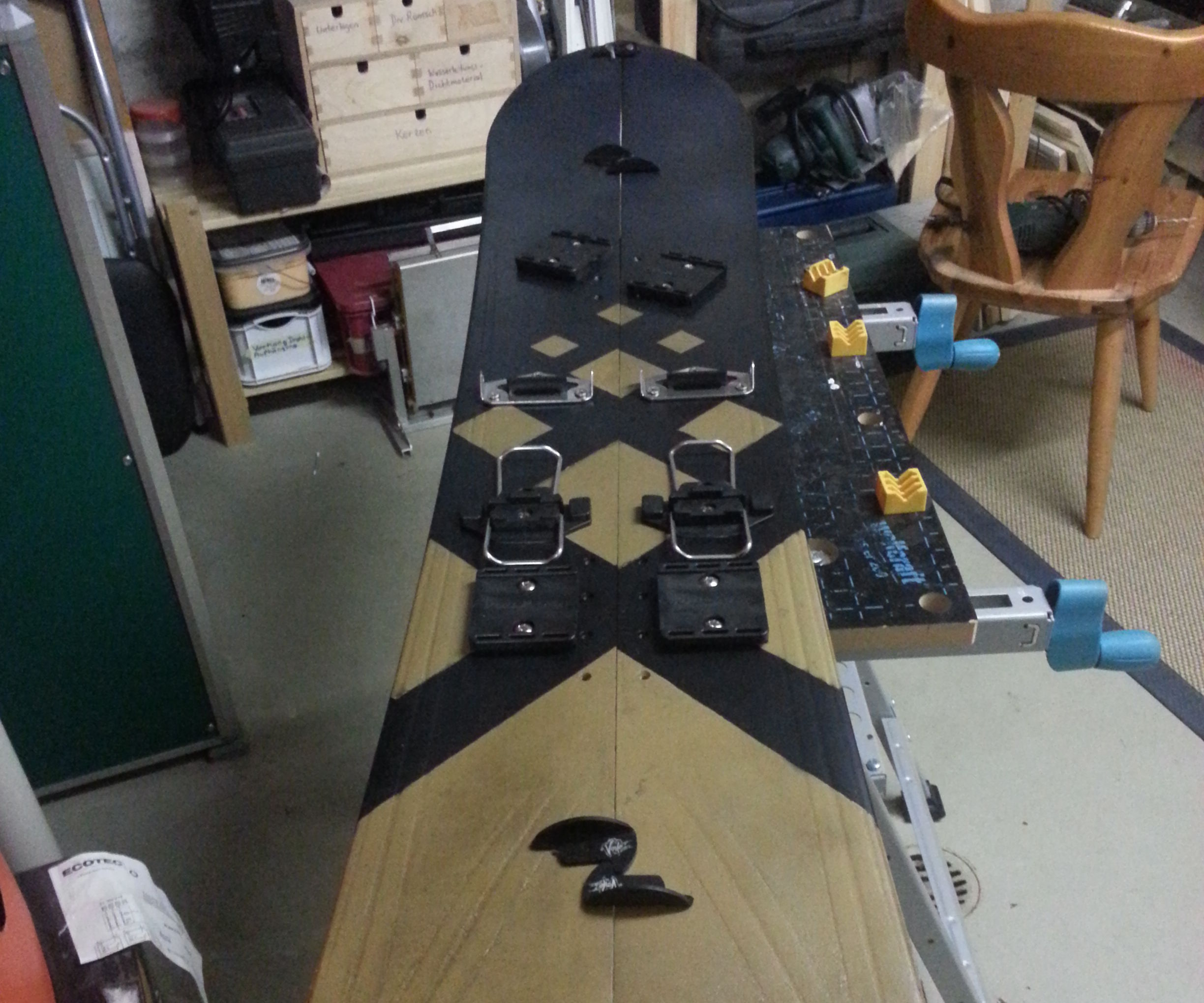 Turn your old Snowboard into a Splitboard !