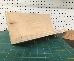 DIY Simple (Key Holding) Shelf