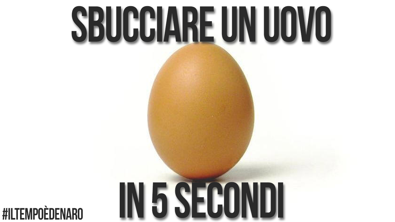SBUCCIARE un UOVO in 5 SECONDI - PEEL AN EGG IN 5 SECONDS