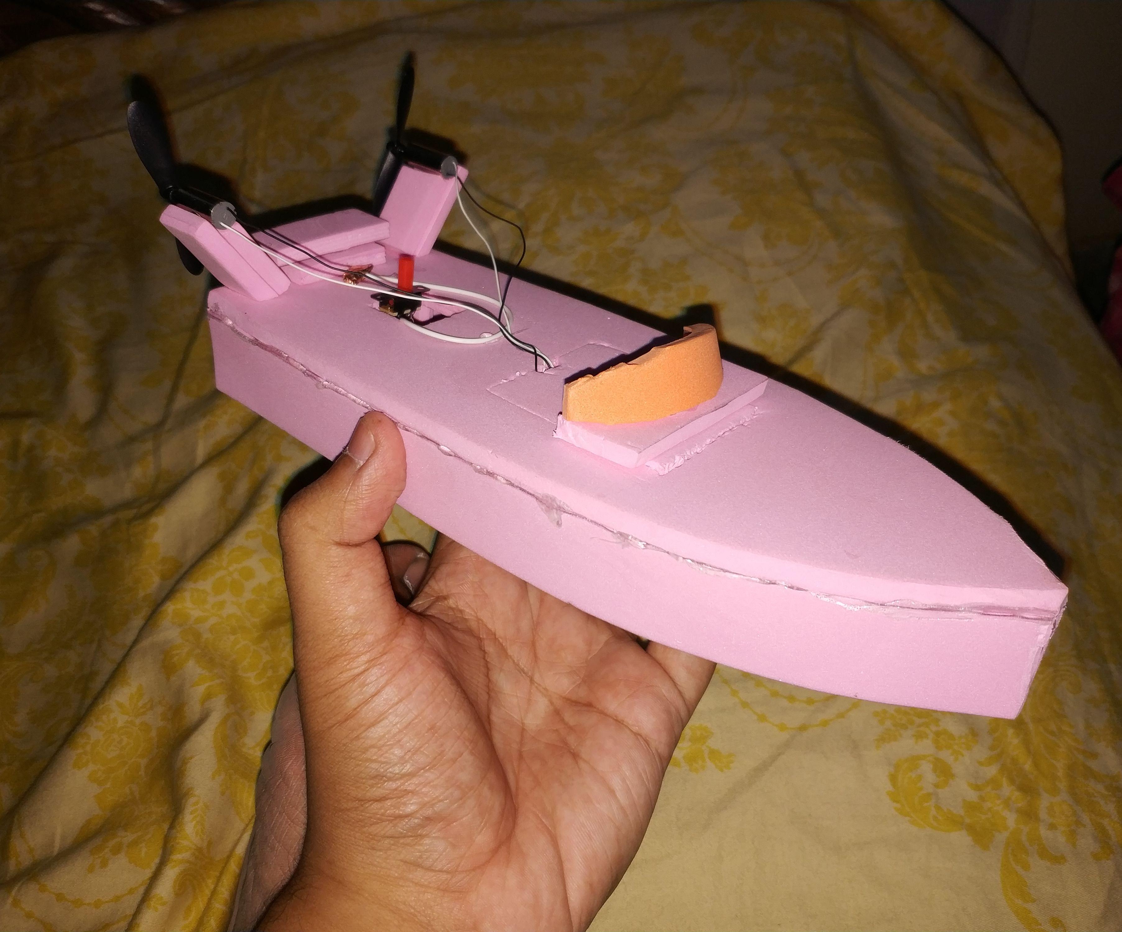 RC Fan Boat