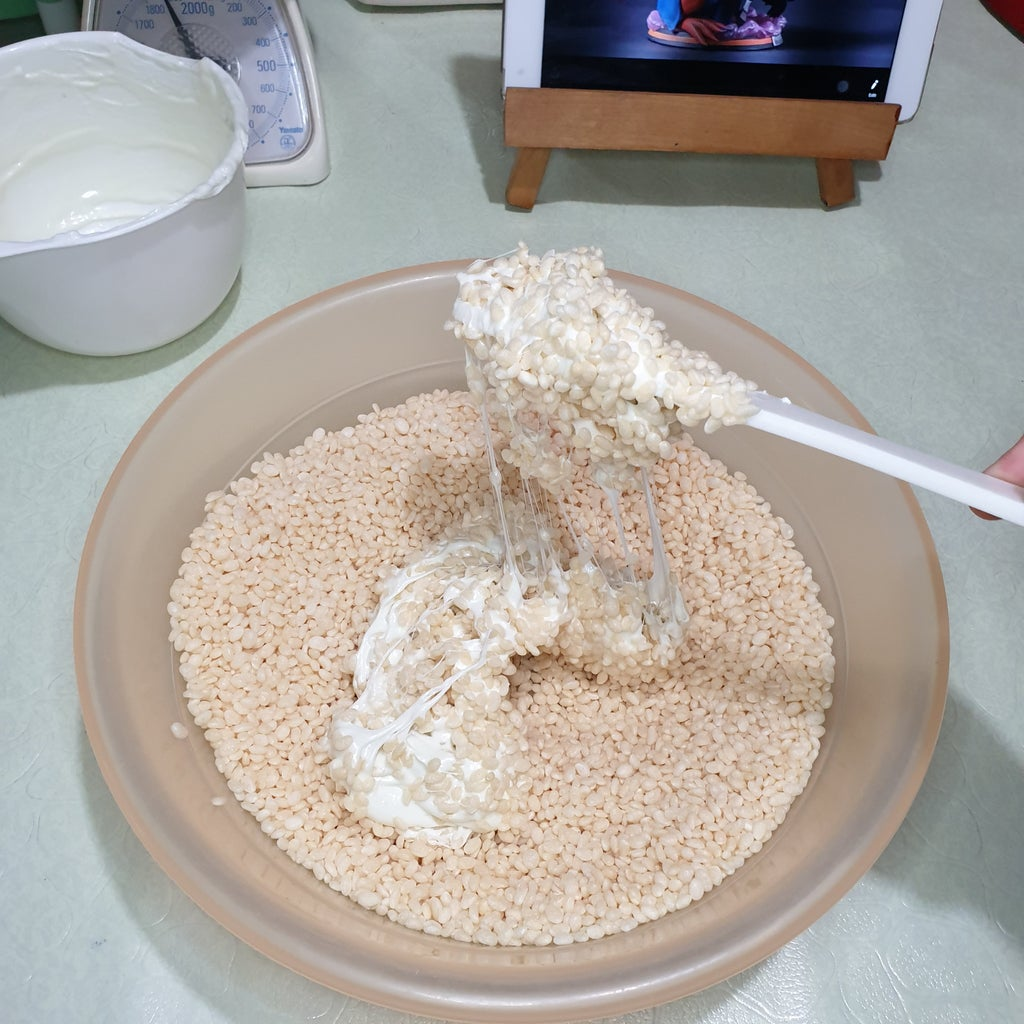Making the Rice Cereal Treats for Gamakichi's Head