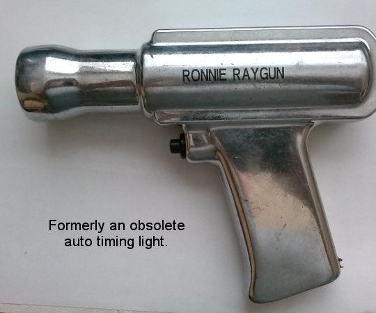 Ronny RayGun _ Laser Pistol