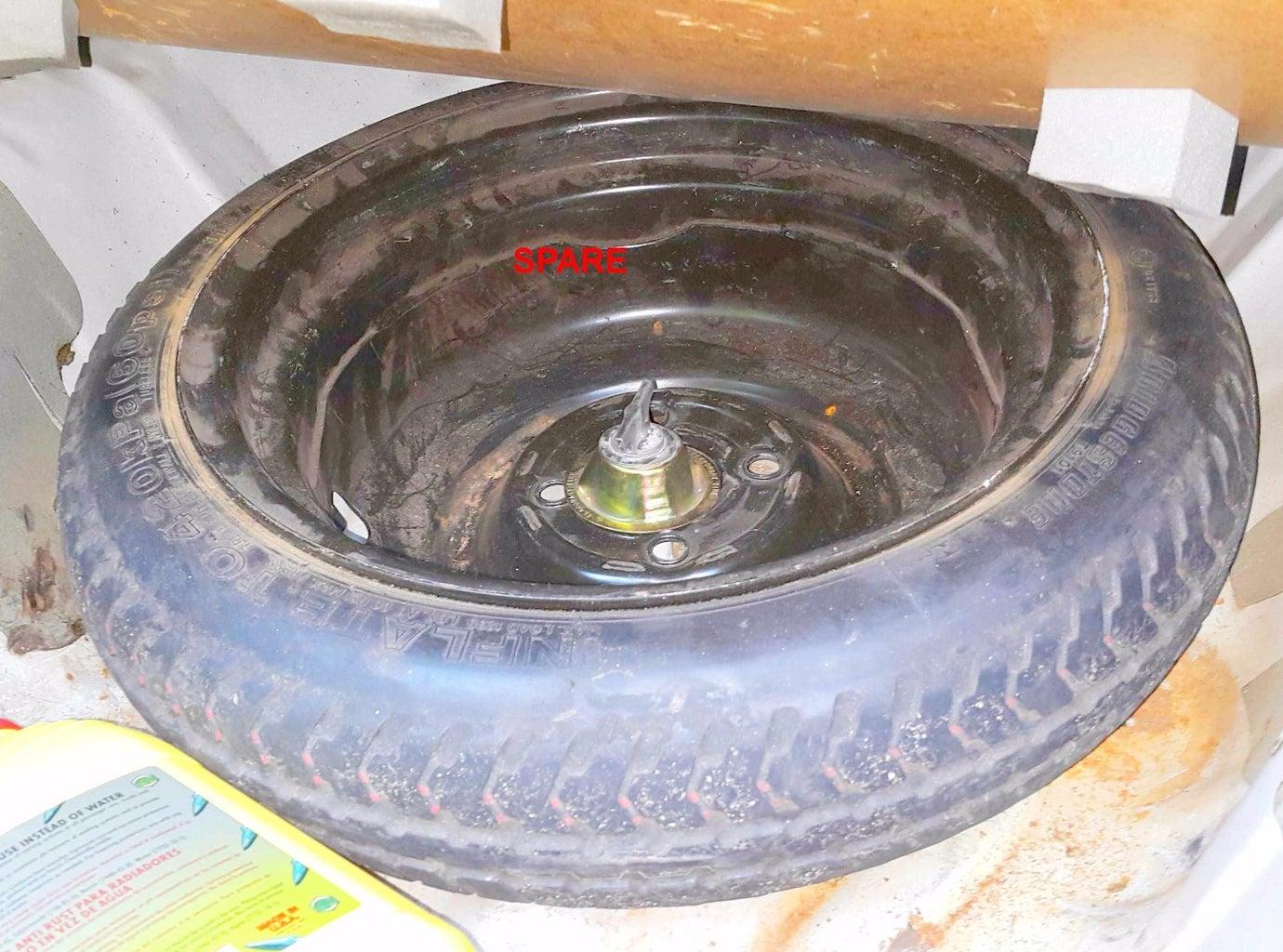 Safe Technique to Slacken and Tighten Tire Nuts.