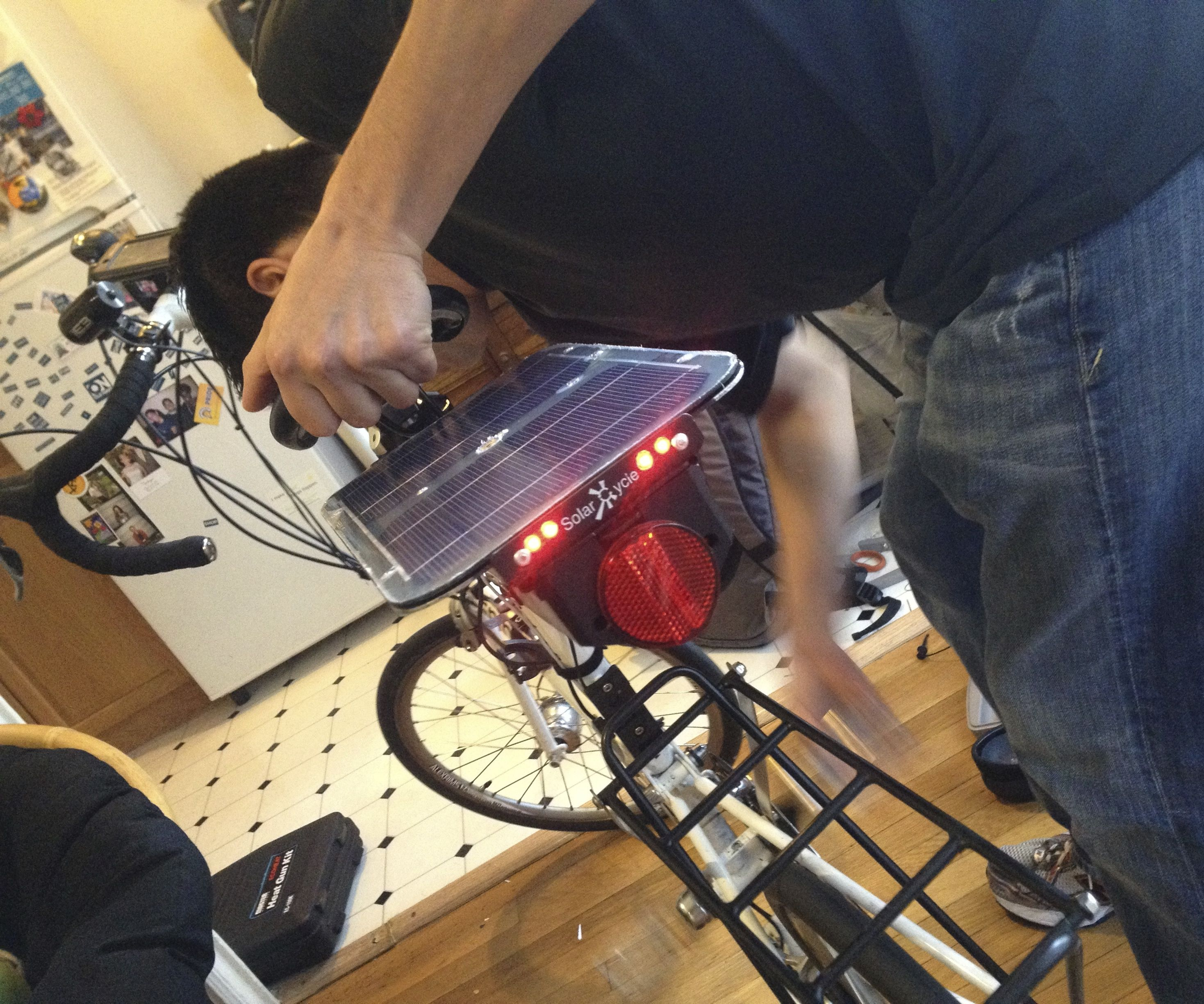 Bicycle Solar/Dynamo USB Charger + Tail Lights