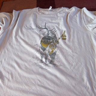 Make a T-shirt Into Hangable Art