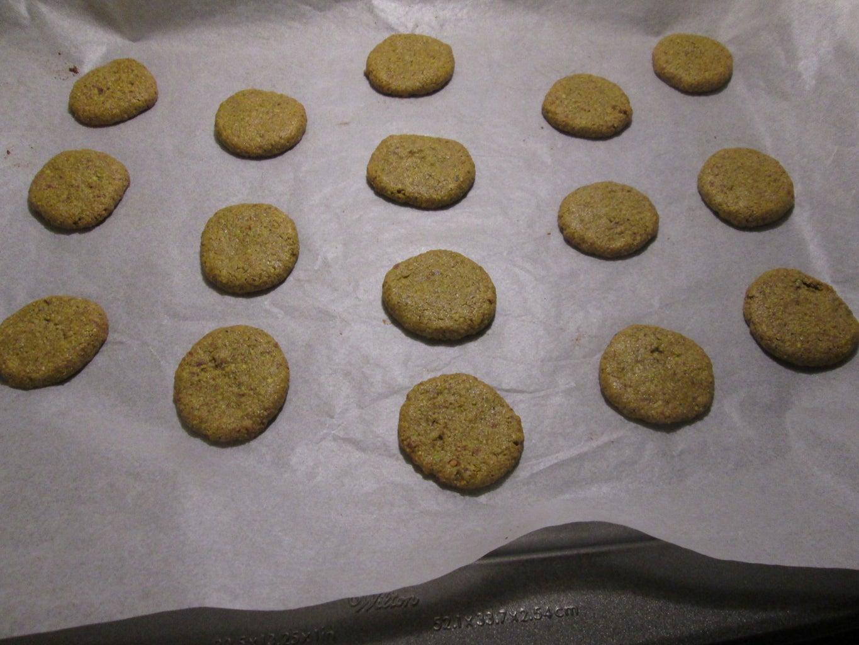 Easy Pistachio Gluten Free Cookies.