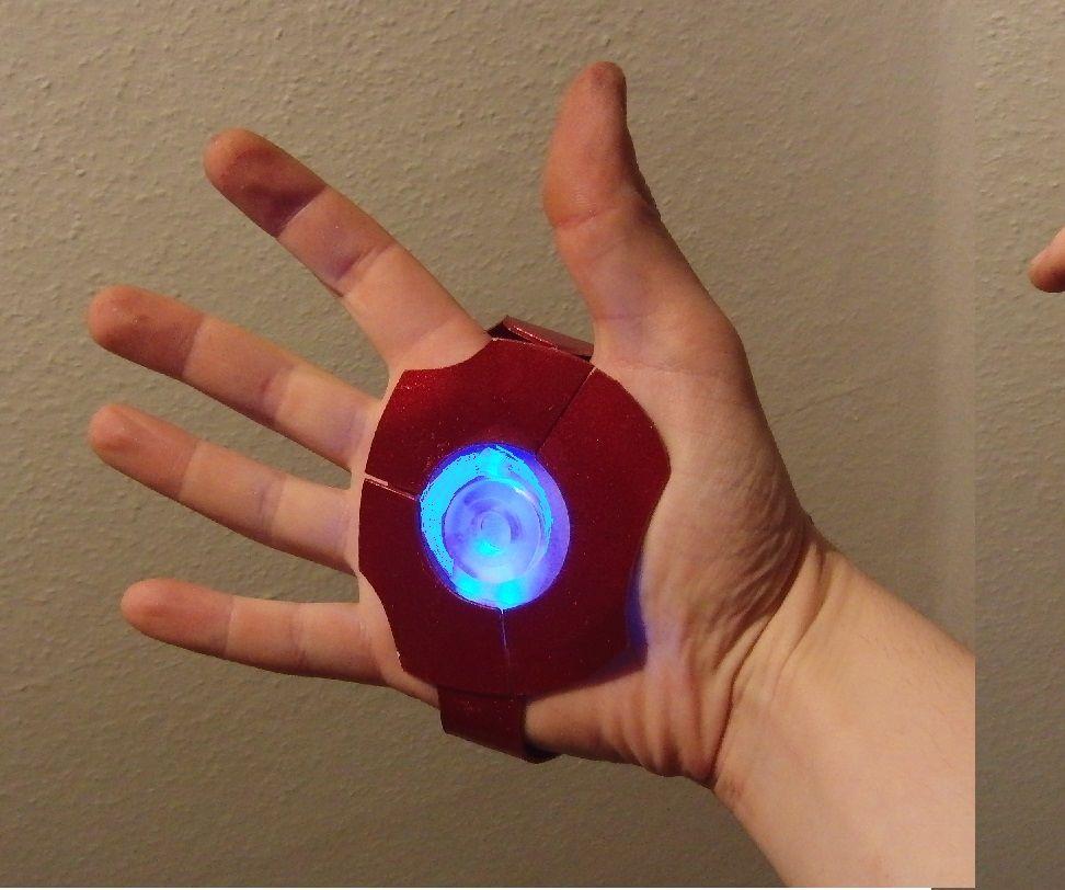 10min 5$ Iron Man repulsor with LEDs