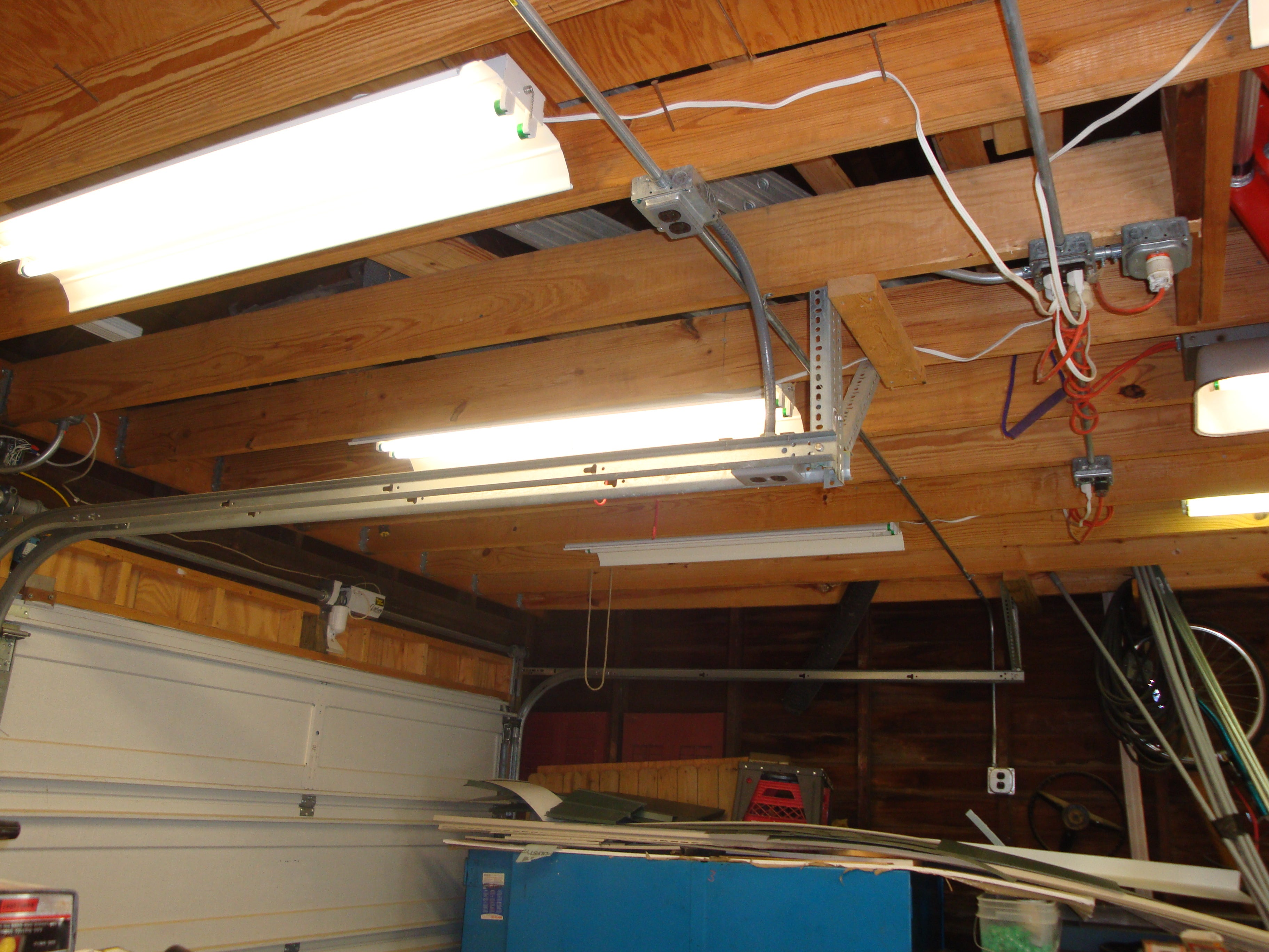 Fluorescent Shop Light Repair : 9 Steps (with Pictures) - InstructablesInstructables