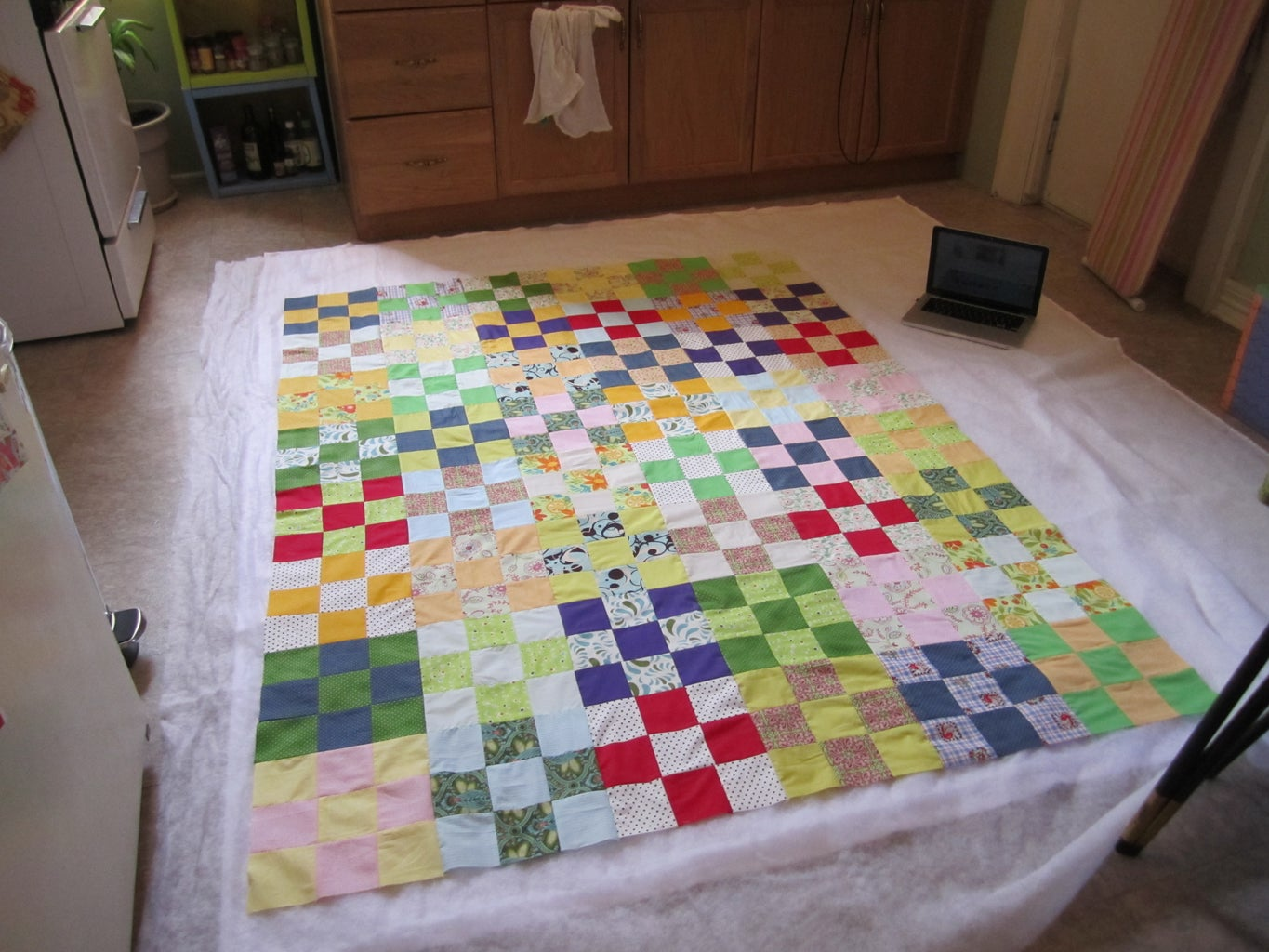 Quilt Sandwich - Laying It Out.