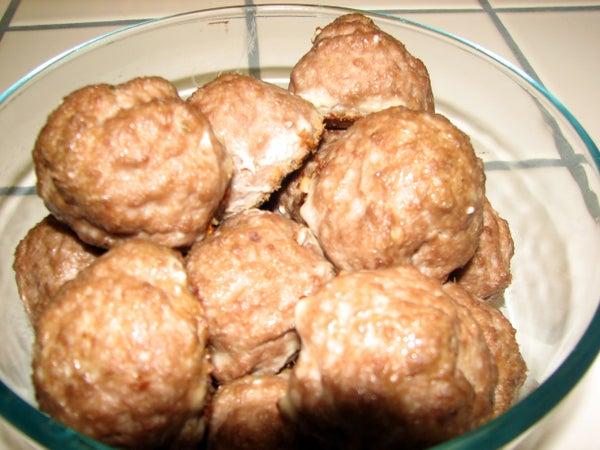 Grandma's Easy Authentic Italian Meatballs