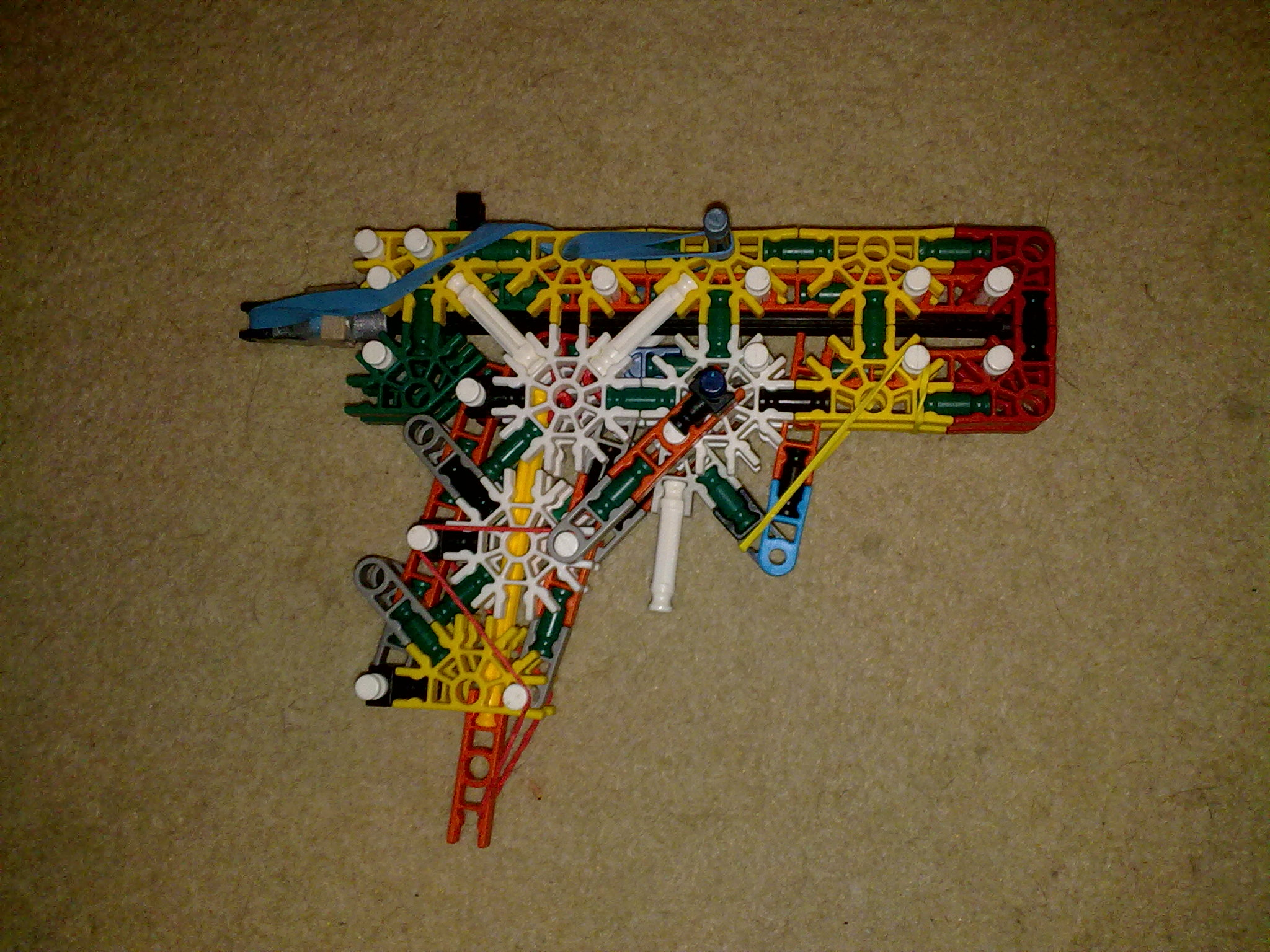 Simple Knex gun with mag & true trigger