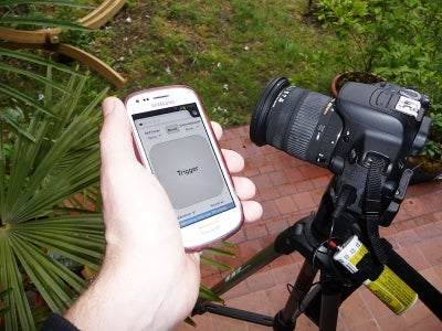 Trigger Your DSLR Wirelessly With Smartphone and ESP8266 Wi-fi Module
