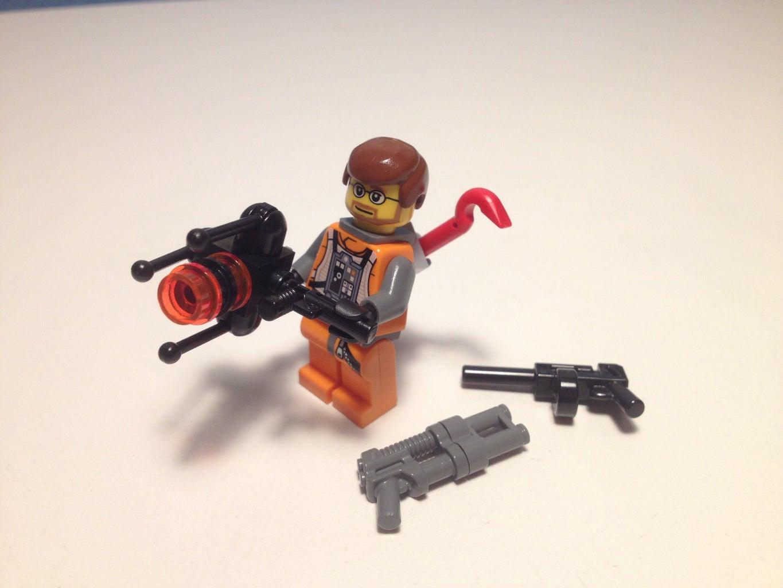 Lego Gravity Gun With Dr. Freeman