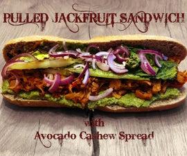 拉菠萝蜜三明治与鳄梨腰果蔓延
