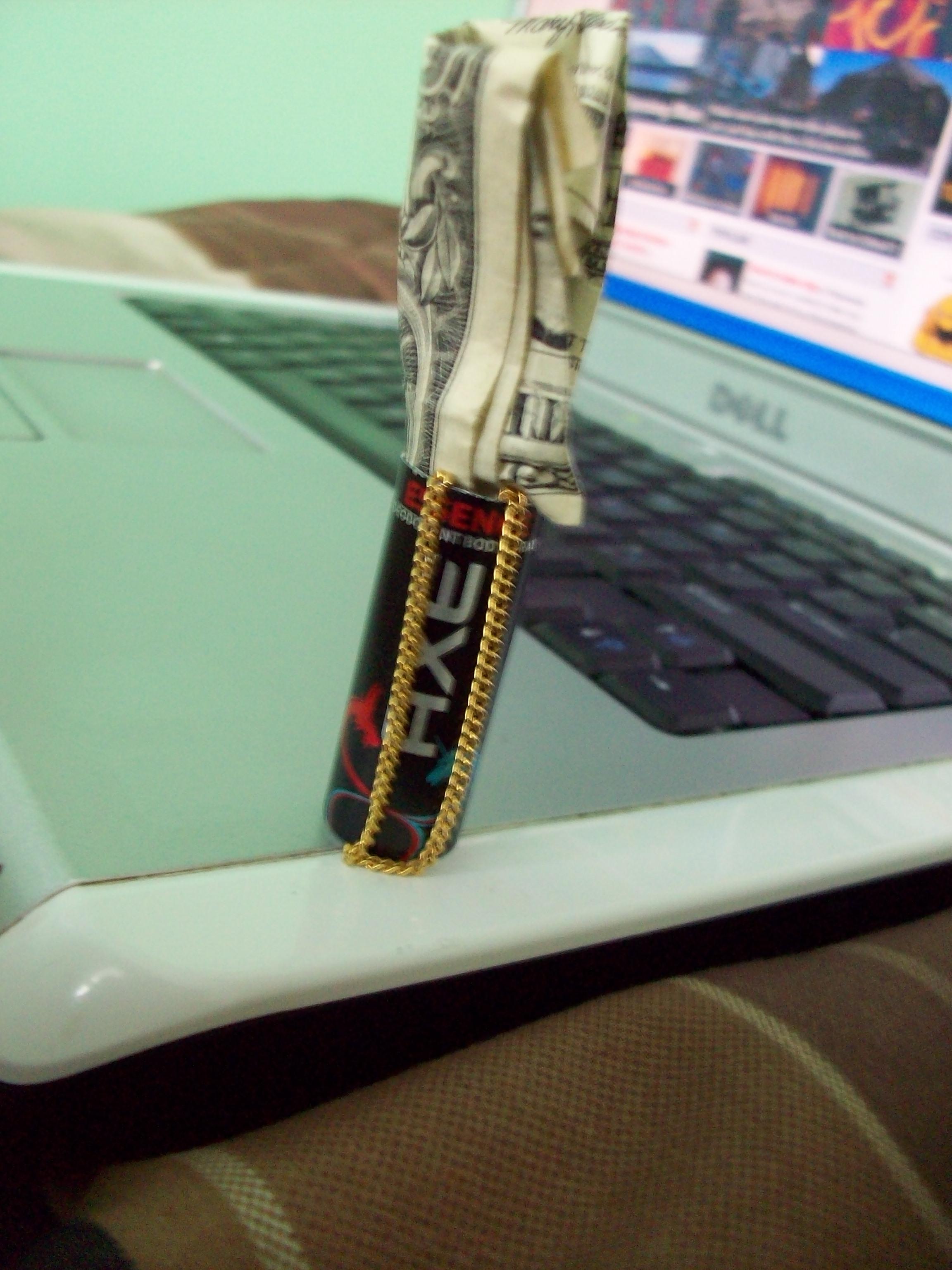 Axe bullet safe / wallet (storage)