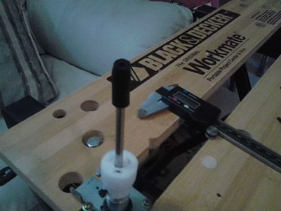 Lock Steel Rod Into Z Coupler