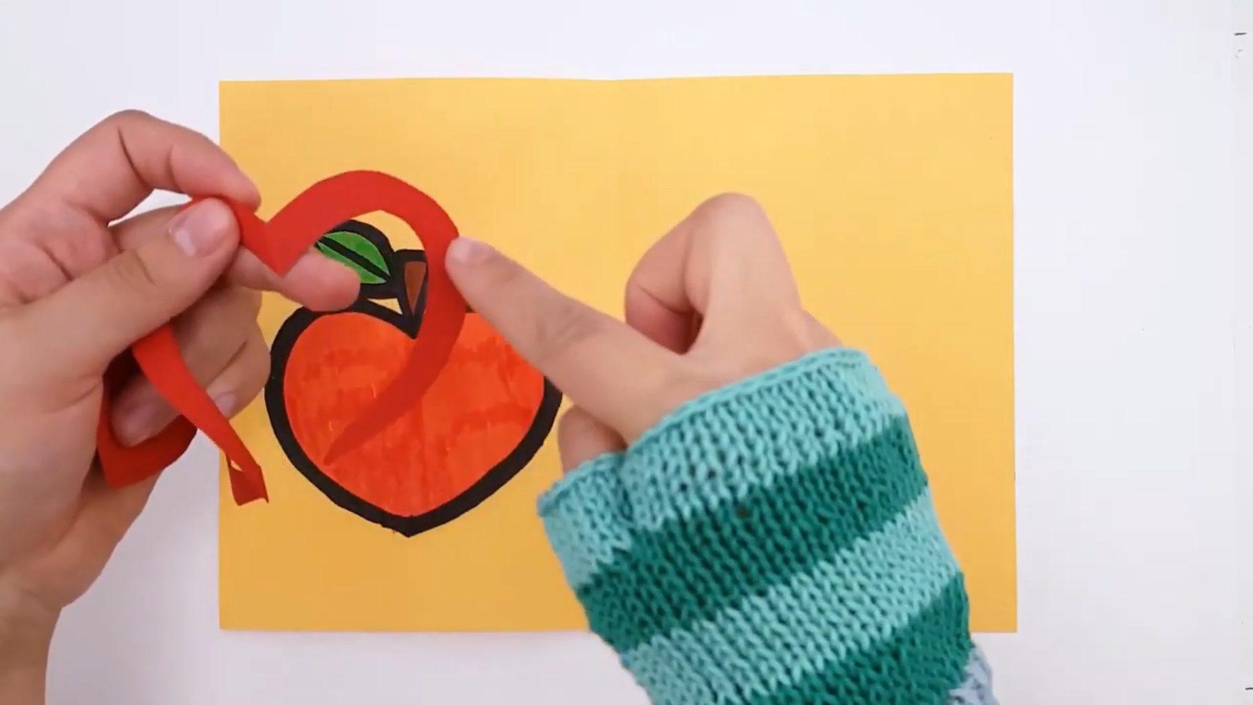 Glue the Spiral in | Liimaa Spiraali
