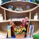Slideshow: Cardboard Mushroom Bookshelf (Hot-glue Method)